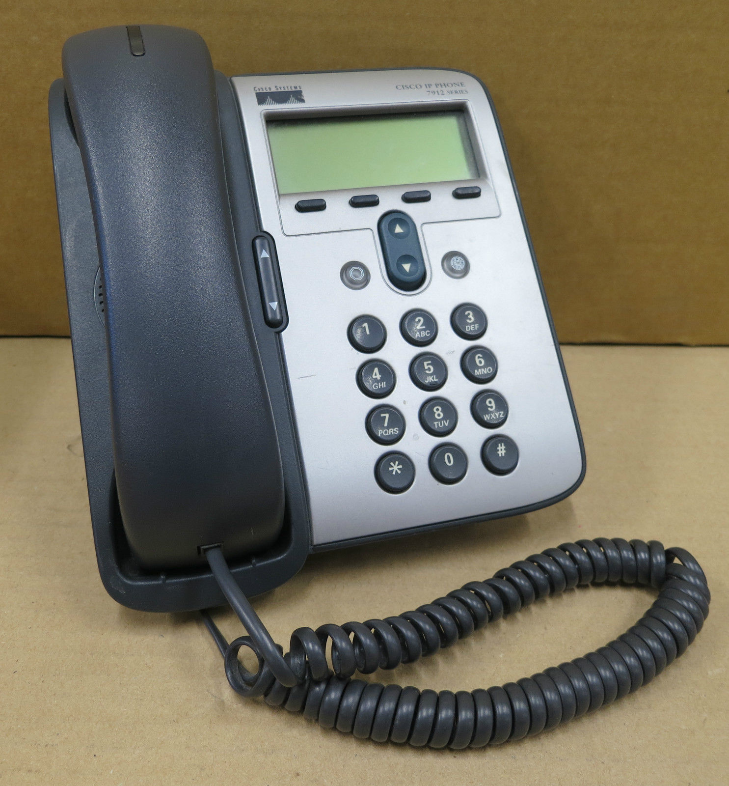 Cisco IP Phone 7912 CP-7912G-A 74-4391-02 Business Telephone & Stand