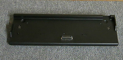 Fujitsu Lifebook Port Replicator Docking Station FPCPR72B CP334211-01 CP334211