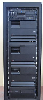 IBM eServer AS/400 i5 9406-550 Server  & Storage System, Arrays, HDD, Cards