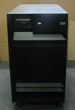 IBM eServer iSeries 9406M 18GB x 26 SCSI, 35GB x 18 HDD, 5 Cards Storage Server