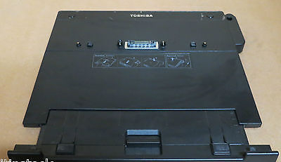 Toshiba Express Port Replicator PA3508E-1PRP Docking Station