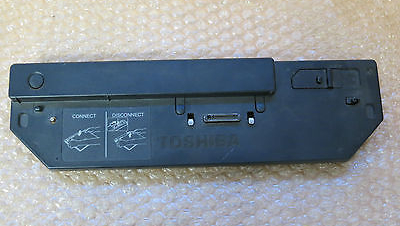 Toshiba Portege Slim Port Replicator PA3156E-3PRP Docking Station