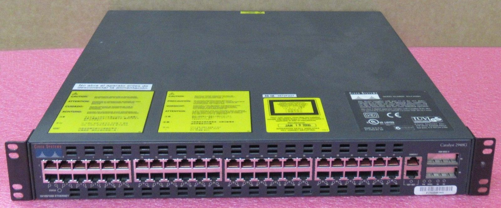 Cisco Catalyst 2948 WS-C2948G 48-Port + 2 GBIC Slot Fast Ethernet Switch +  Ears
