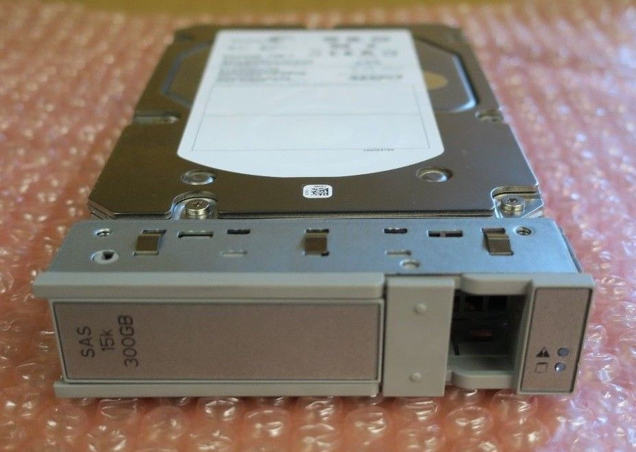 "Cisco UCS 300GB 15K SAS 3.5"" HDD Hard Disk Drive R200-D300GB03 In Cisco Caddy"