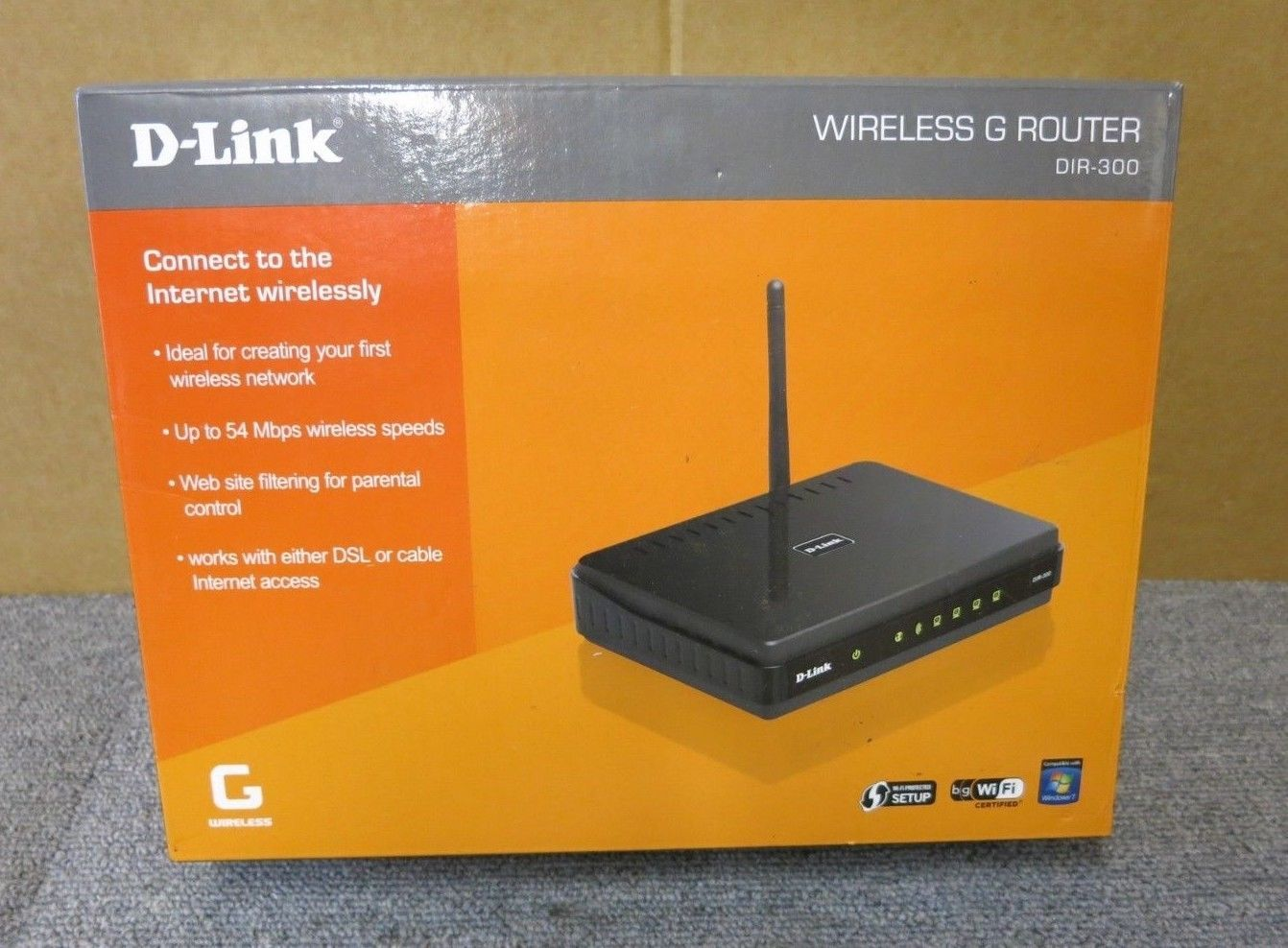 D Link DIR 300 54Mbps Wireless G 4 Port Network Router With Firewall