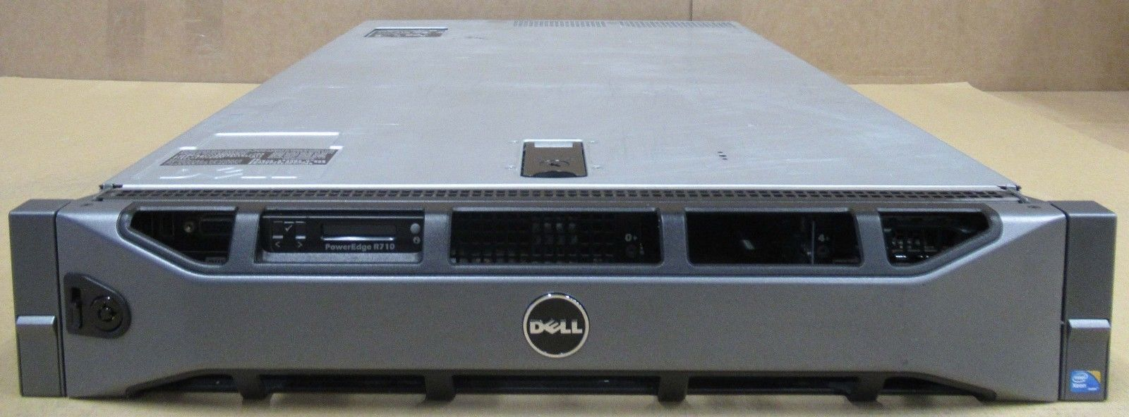 Dell PowerEdge R710 2x Quad-Core XEON X5550 2 66GHz 8x 2 5